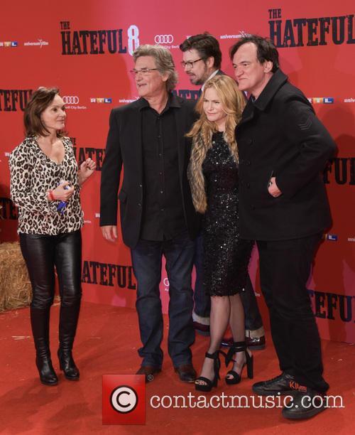 Kurt Russell, Jennifer Jason Leigh and Quentin Tarantino 8