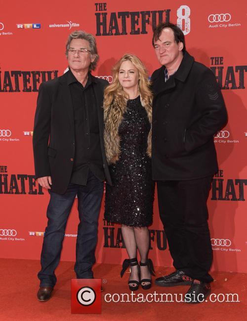 Kurt Russell, Jennifer Jason Leigh and Quentin Tarantino 10
