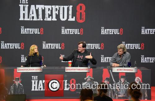 Jennifer Jason Leigh, Quentin Tarantino and Kurt Russell 9