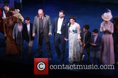 Kelsey Grammer, Tony Yazbeck and Laura Michelle Kelly 4