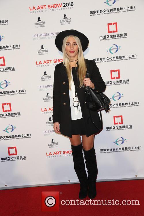 Laura Wilde 1