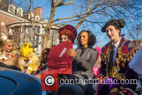Kerry Washington and Hasty Pudding Theatricals Cast 4