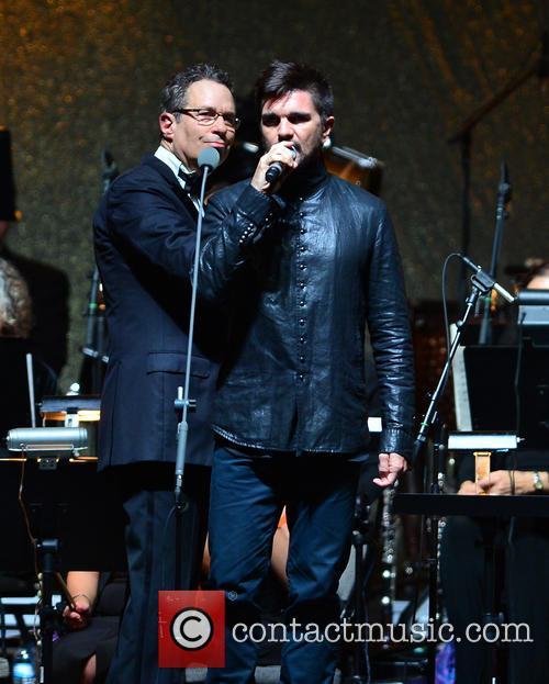 Eugene Kohn and Juanes 4