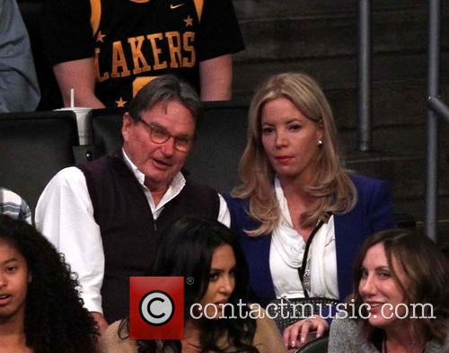 Jimmy Conners and Jeanie Buss 3