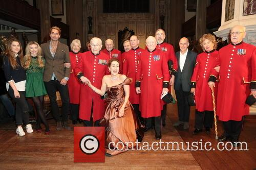 James Ioelu, Melinda Hughes, Jonathan Stoughton, Tasmin Dalley, Hugo Taylor, Lloyd Grossman, Cherie Lunghi and Chelsea Pensioners 3