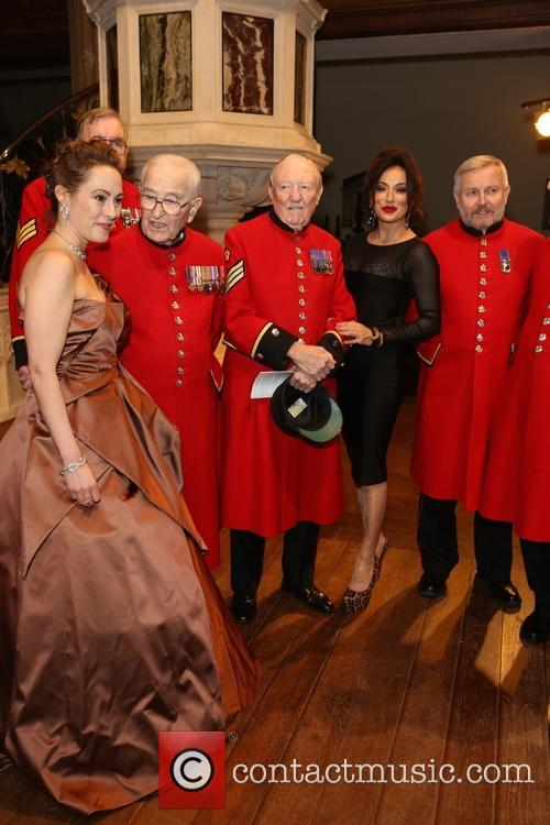 Melinda Hughes, Chelsea Pensioners and Nancy Dell'olio 1
