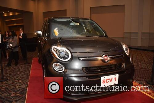 Pope Francis' Fiat 500L sold at auction for...