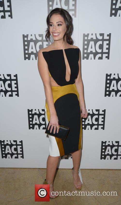 Chloe Bridges 6