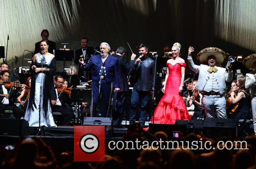 Virginia Tola, Placido Domingo, Juanes, Micaela Oeste and Mariachi Si Senor 6