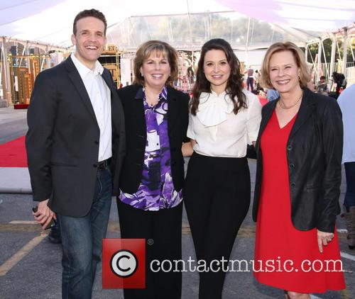 Daryl Anderson, Guest, Katie Lowes and Jobeth Williams 2