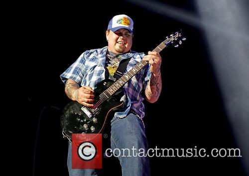 Chris Robertson and Black Stone Cherry 5