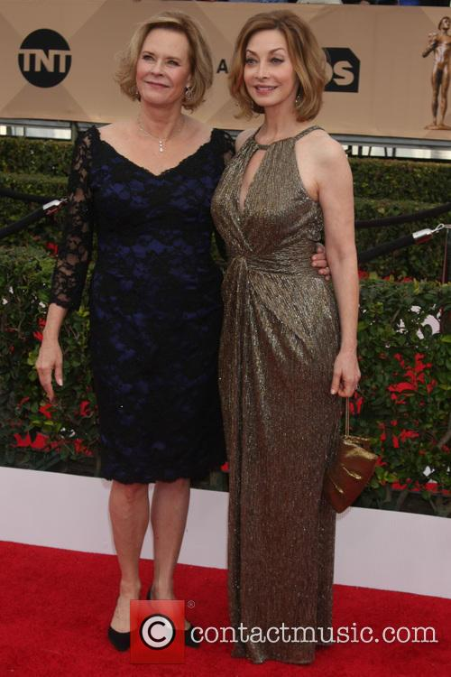 Jobeth Williams and Sharon Lawrence 1
