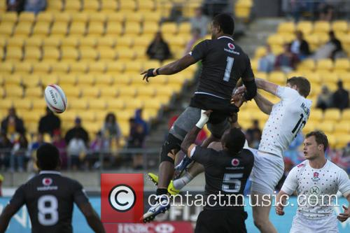 Hsbc Sevens World Series, Xvii Round, Wellington and Day 4
