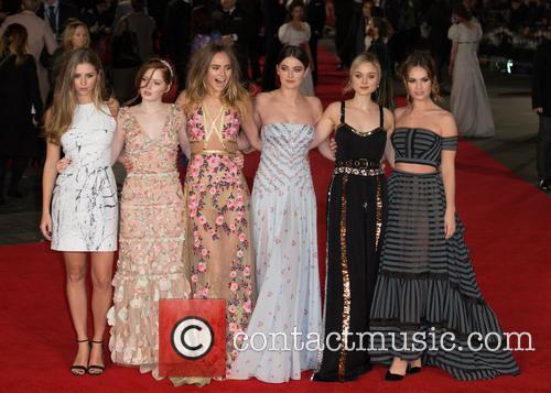 Hermione Corfield, Ellie Bamber, Suki Waterhouse, Millie Brady, Bella Heathcote and Lily James 4