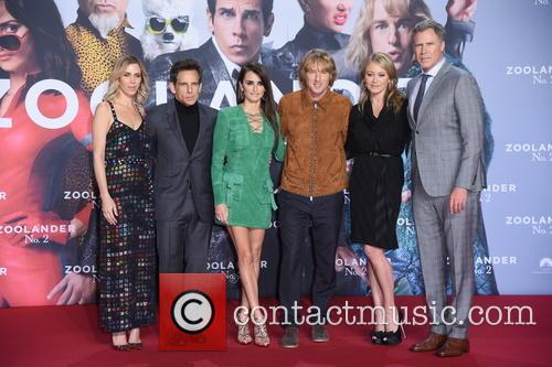 Kristen Wiig, Ben Stiller, Penelope Cruz, Owen Wilson, Christine Taylor and Will Ferrell 10