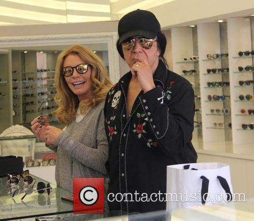 Shannon Tweed and Gene Simmons 1