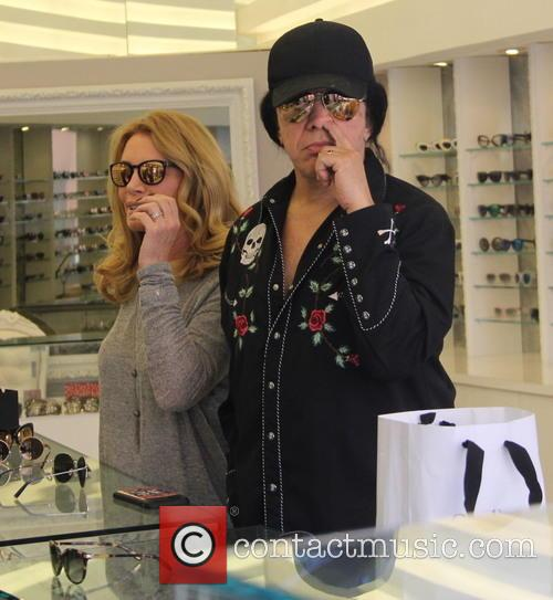 Shannon Tweed and Gene Simmons 3