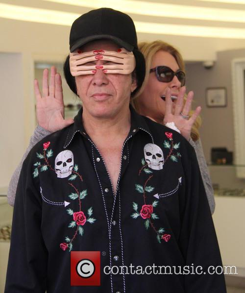 Shannon Tweed and Gene Simmons 8