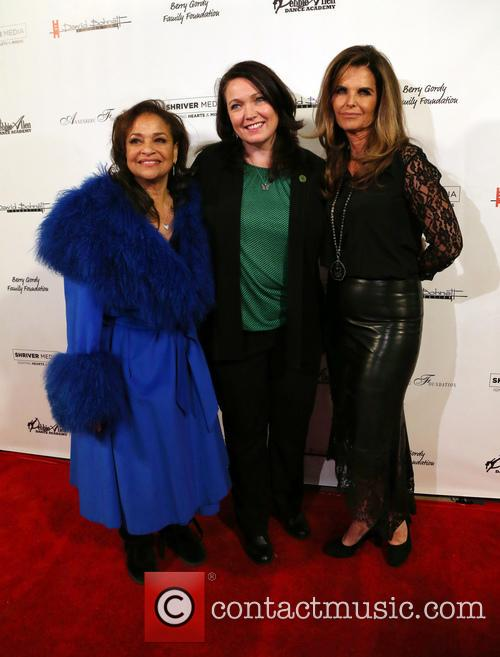 Debbie Allen, Maria Shriver and Guest 10