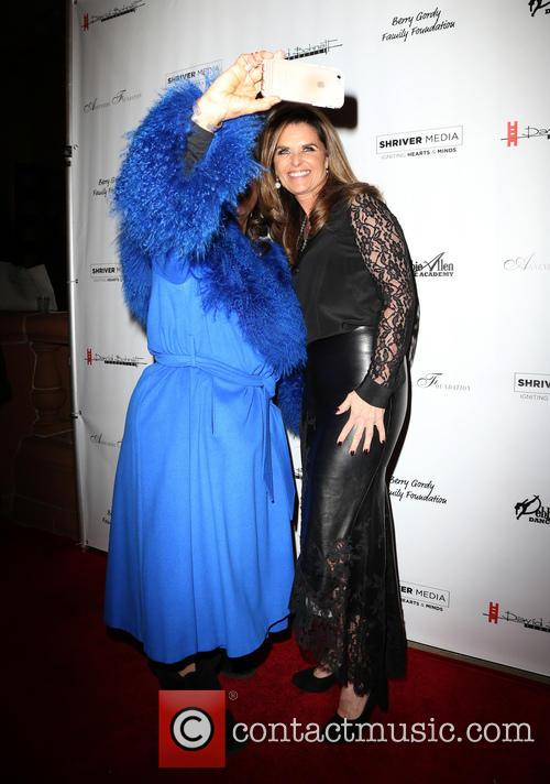 Maria Shriver and Debbie Allen 7