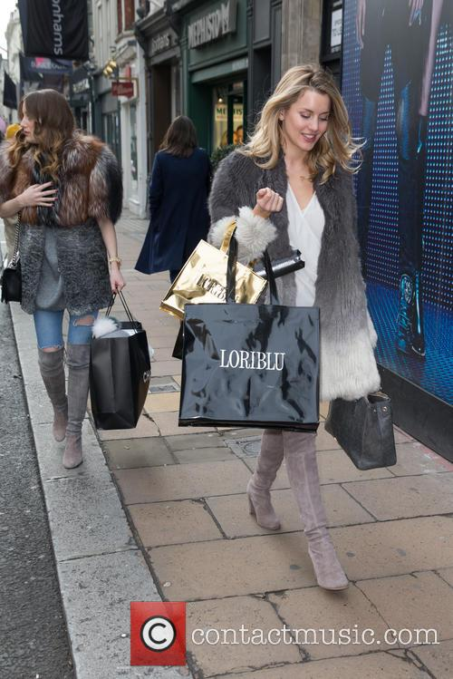 Rosie Fortescue and Caggie Dunlop 7