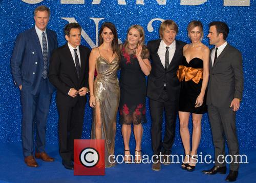 Ben Stiller, Owen Wilson, Christine Taylor, Kristen Wiig, Will Ferrell, Justin Theroux and Penelope Cruz 8