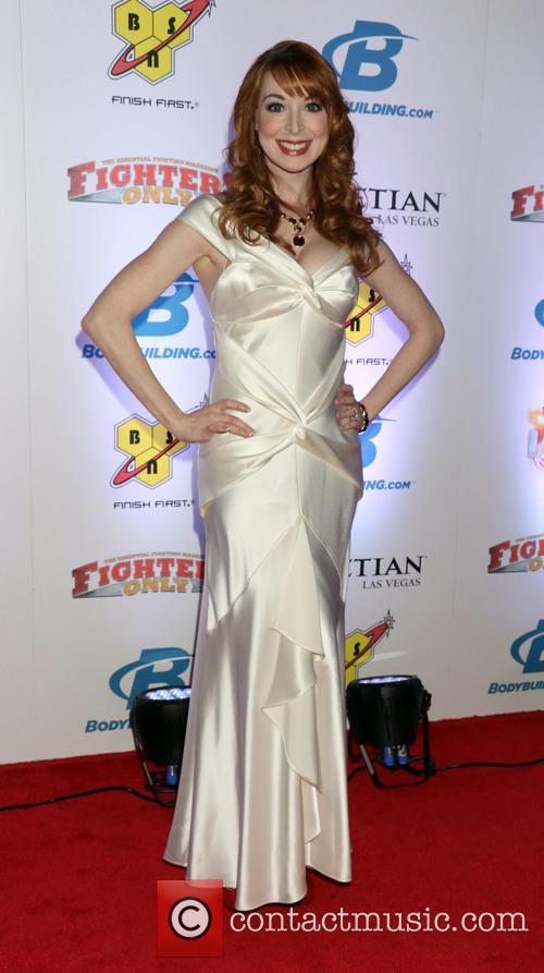 Lisa Foiles 1