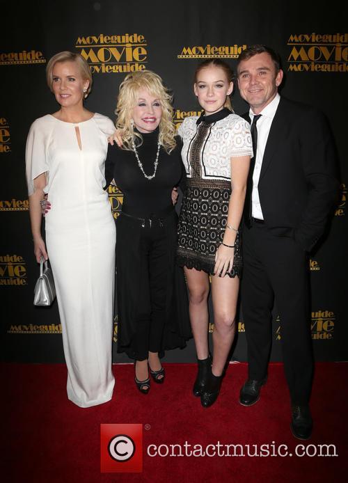 Andrea Bernard, Dolly Parton, Cambrie Schroder and Ricky Schroder 3