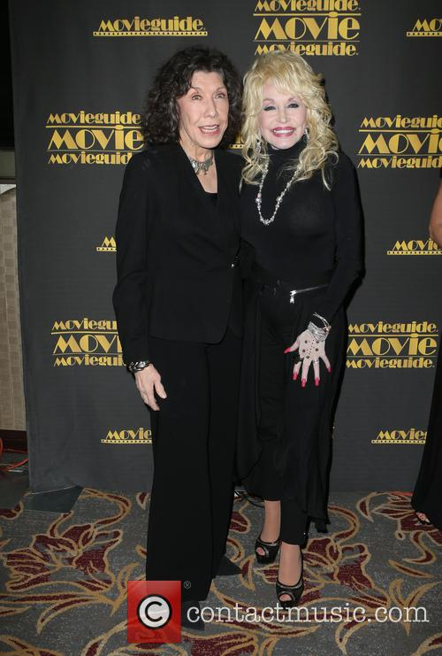 Lily Tomlin and Dolly Parton 6