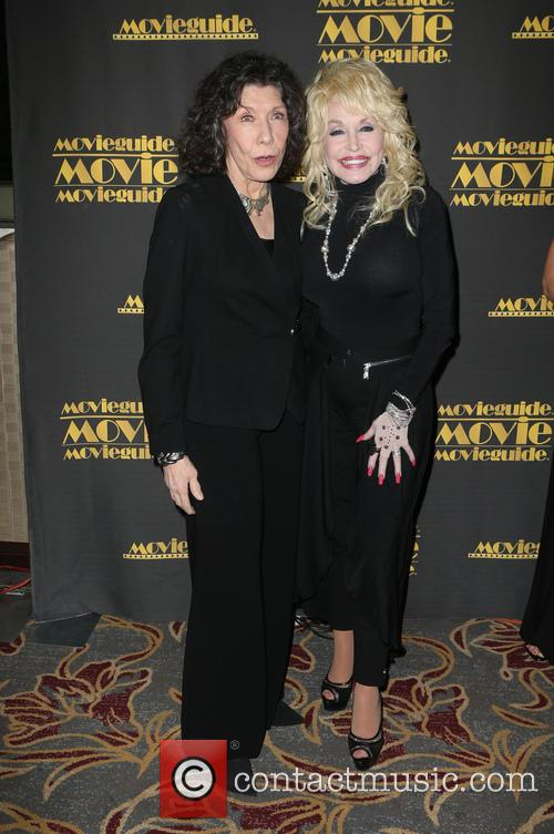 Lily Tomlin and Dolly Parton 7