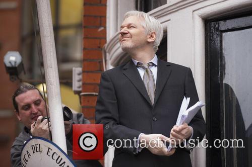 Julian Assange 9