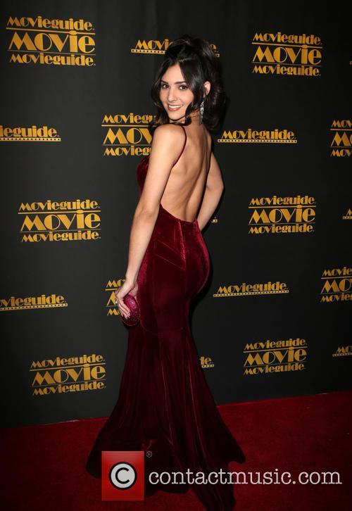 Camila Banus 10