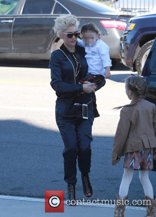 Gwen Stefani and Apollo Rossdale 2