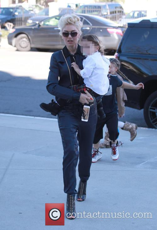 Gwen Stefani and Apollo Rossdale 11