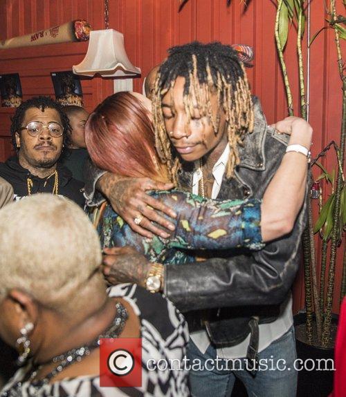 Wiz Khalifa and Faith Evans 7