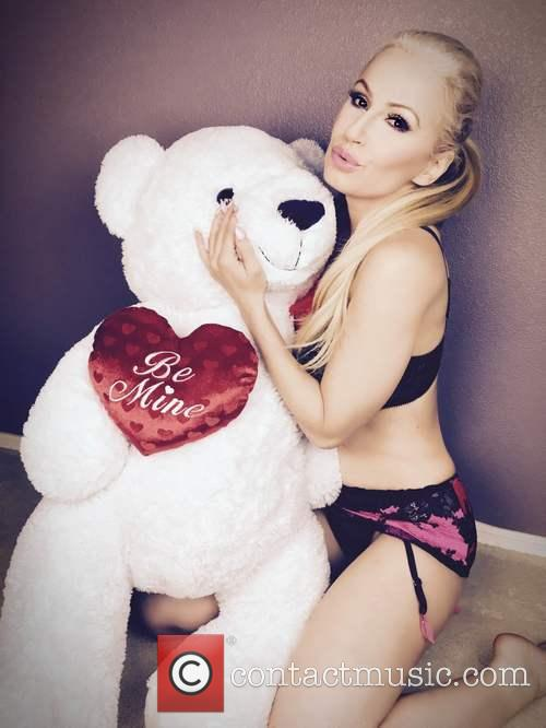 Ana Braga gets ready for Valentines Day