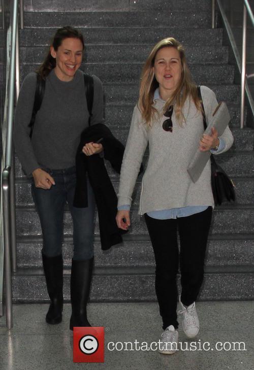 Jennifer Garner at Los Angeles International Airport (LAX)