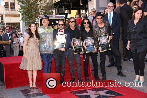 America Ferrera, Carlos Santana and Maná 2