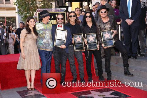 America Ferrera, Carlos Santana and Maná 5