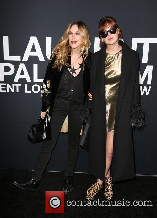 Scout Willis and Tallulah Willis 9