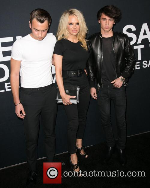 Brandon Lee, Pamela Anderson and Dylan Lee 2
