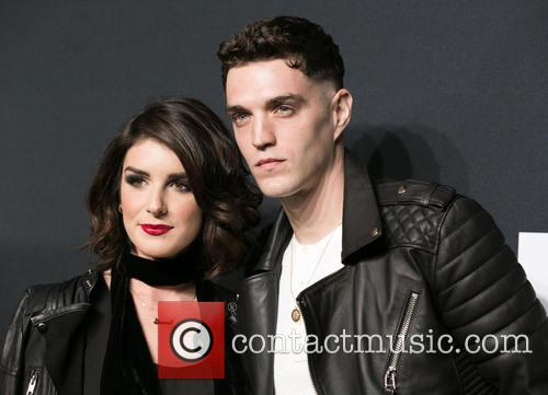 Shenae Grimes and Josh Beech 3
