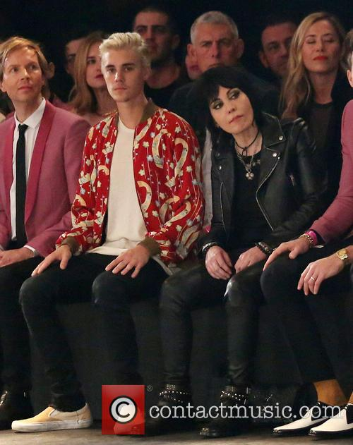 Justin Bieber and Joan Jett 4