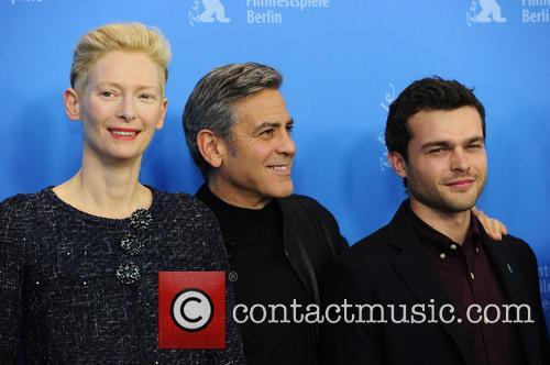 Tilda Swinton, George Clooney and Alden Ehrenreich 3