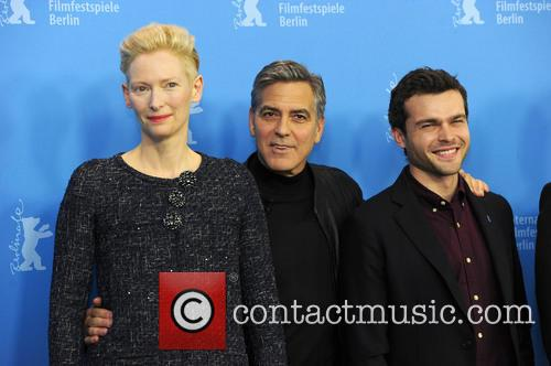 Tilda Swinton, George Clooney and Alden Ehrenreich 6