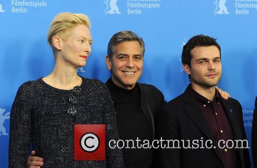 Tilda Swinton, George Clooney and Alden Ehrenreich 8