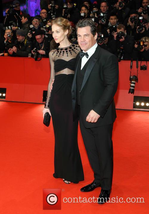 Josh Brolin and Kathryn Boyd 3