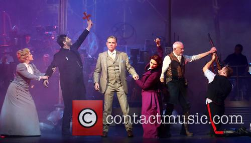 David Essex, Heidi Range, Jimmy Nail, Madalena Alberto, Michael Praed and Daniel Bedingfield 1