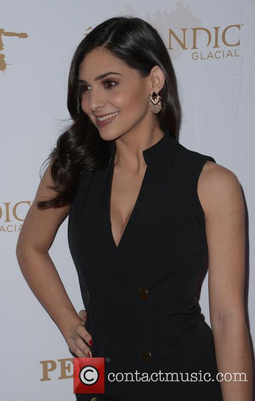 Camila Banus 5