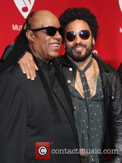 Stevie Wonder and Lenny Kravitz 3